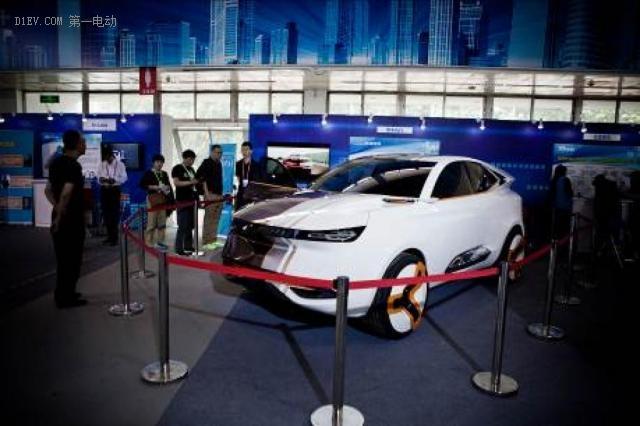 奇点汽车亮相科博会 智车优行诠释开放造车新理念